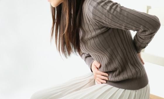 生理前にニキビが出来るのは何で?生理前のニキビを予防&治す方法を紹介!